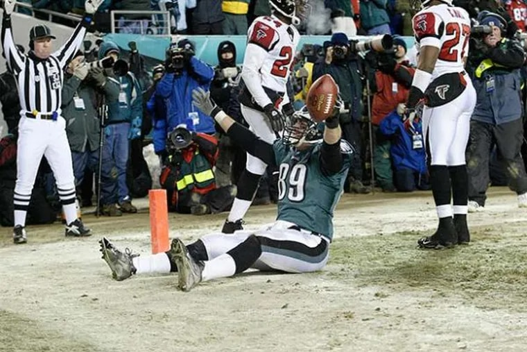 Chad Lewis suffered a Lisfranc fracture while making this clinching touchdown catch in the January 2005 NFC championship game.