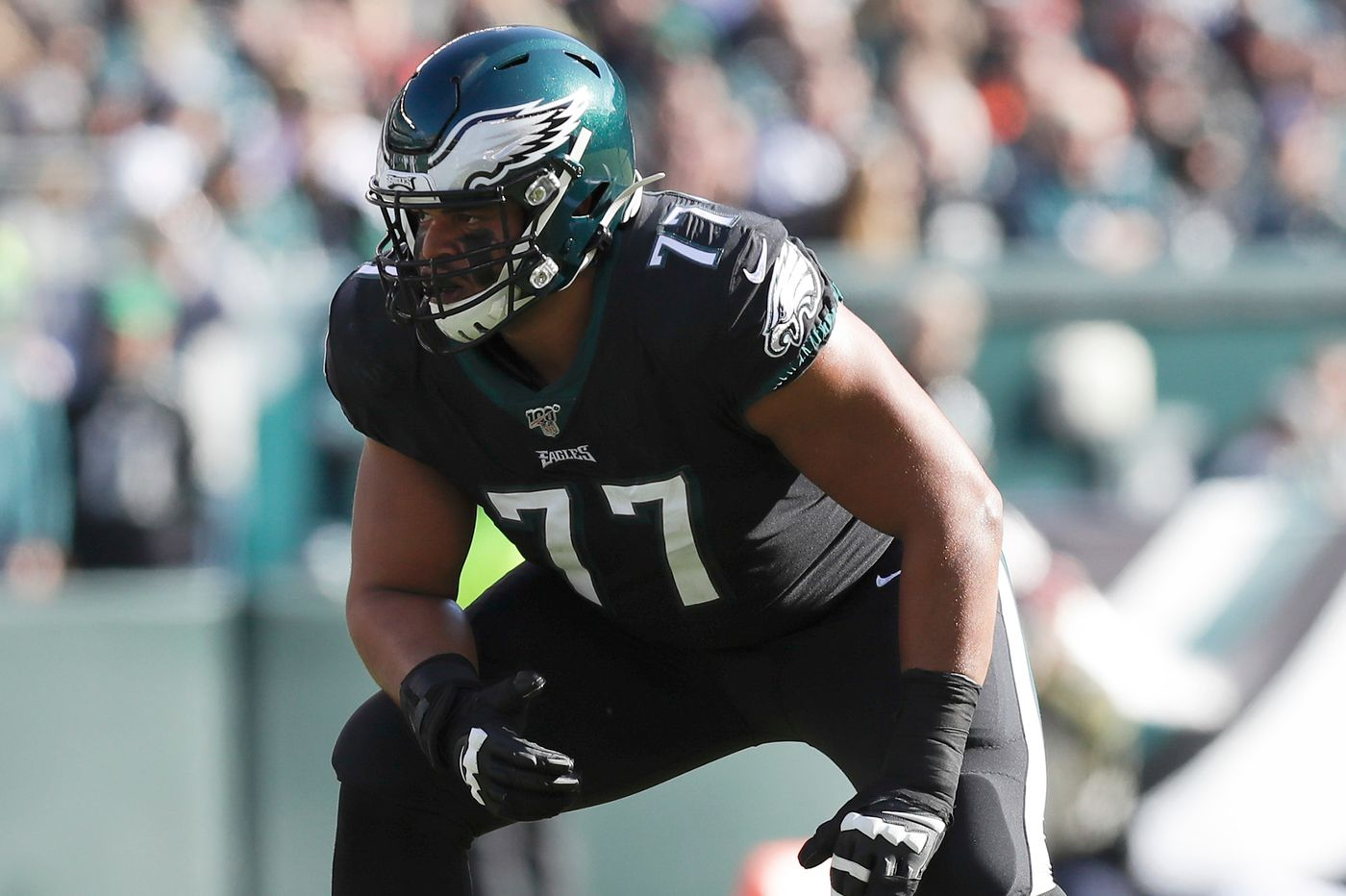 Eagles start practicing in pads today: Three story lines to watch