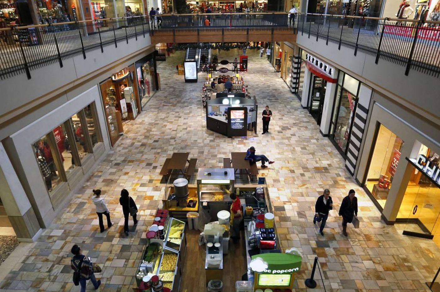 Macerich rejects $16B unsolicited bid by mall giant Simon