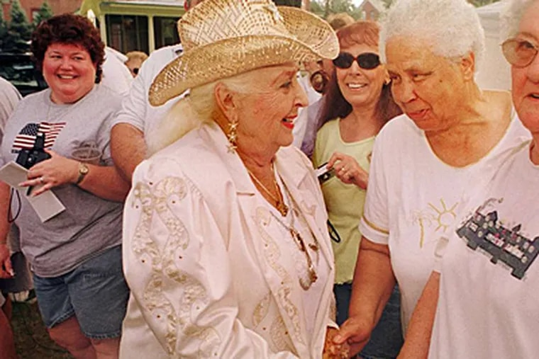 Sally Starr loved meeting her fans, who were also like family to her, as here, in 2000, when she met up with oldtime friend Louise Mitchell.