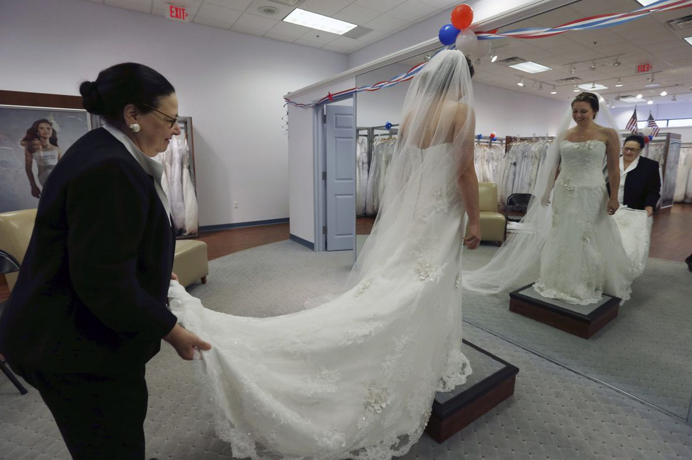 Brides left high and dry as Alfred Angelo closes all shops