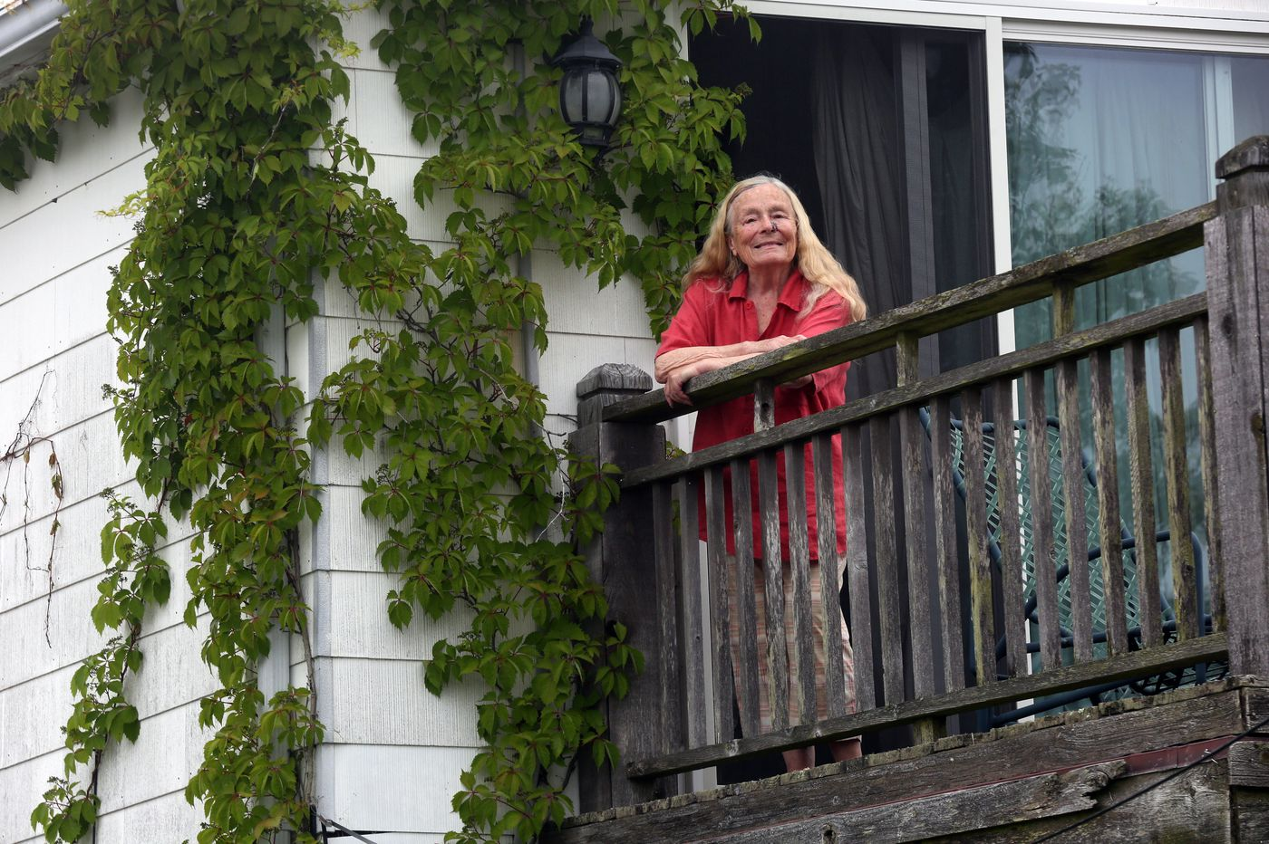 Avalon woman wins her battle to keep treasured vines on her beach-block home