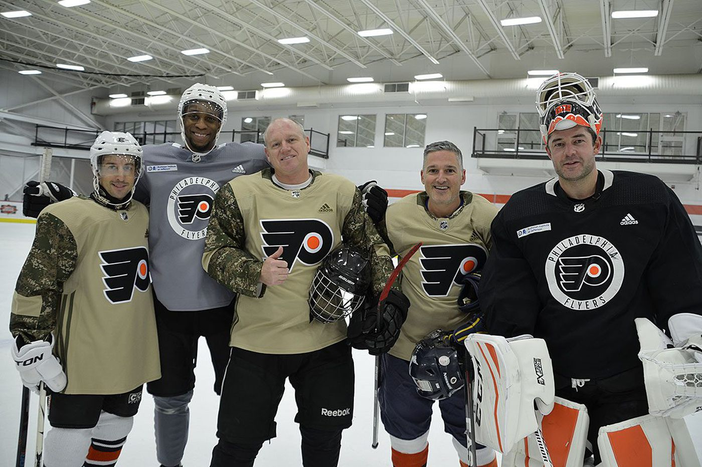 'They're the heroes of this country': Flyers host clinic for members of the Air Force