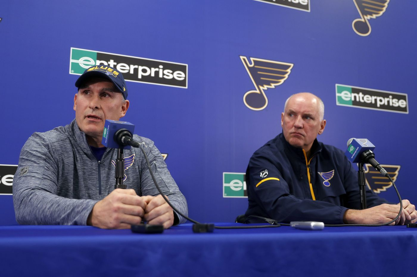 Ex-Flyers coaches Craig Berube, Ken Hitchcock land head-coaching jobs
