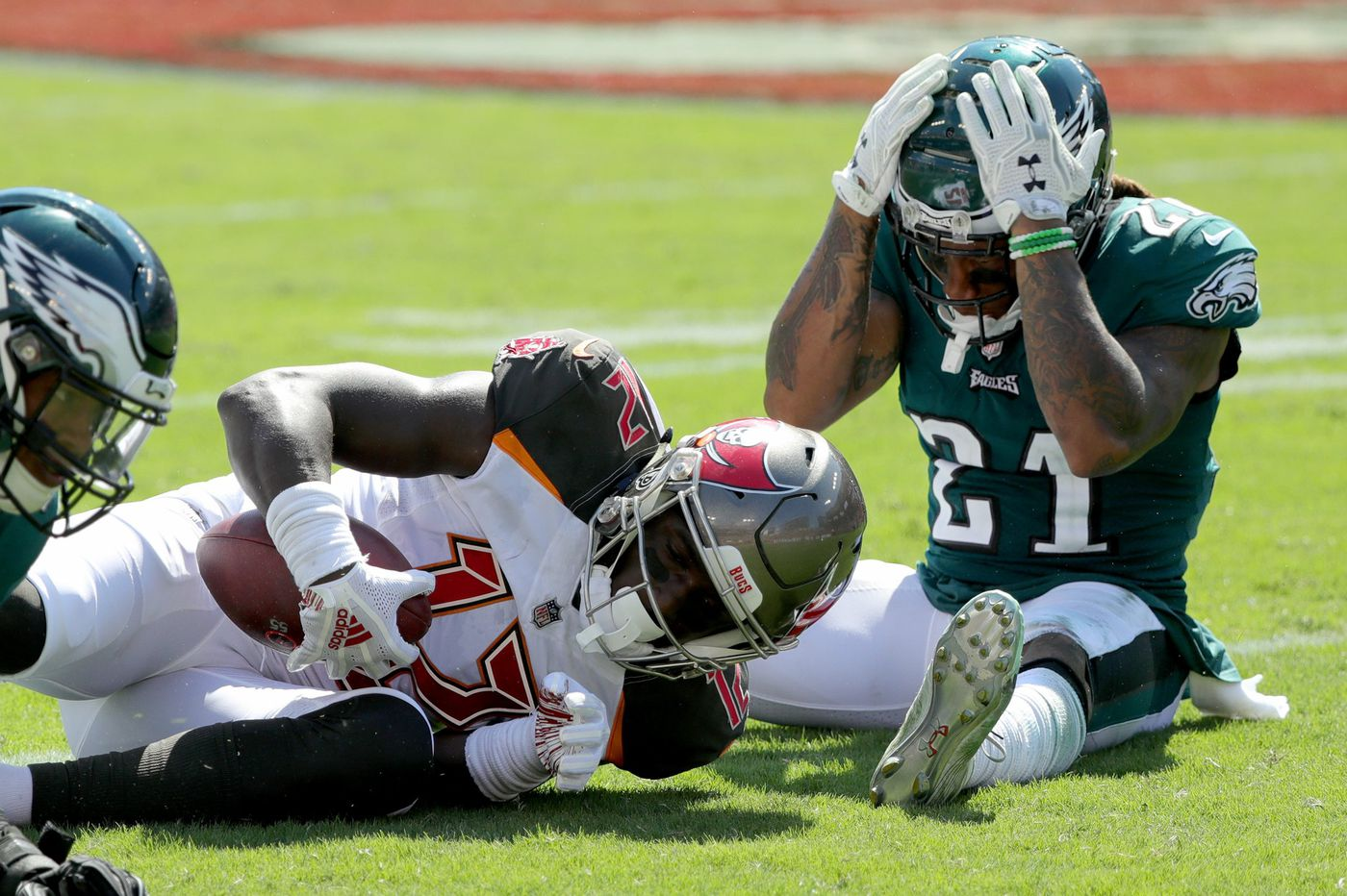 What they're saying about the Eagles' loss to the Bucs | Social media roundup