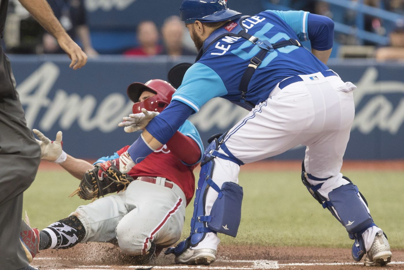 Phillies offense comes up small in loss to Blue Jays