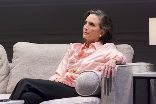 Bebe Neuwirth gives a master class in acting at Philadelphia Theatre Company's new play, 'A Small Fire'