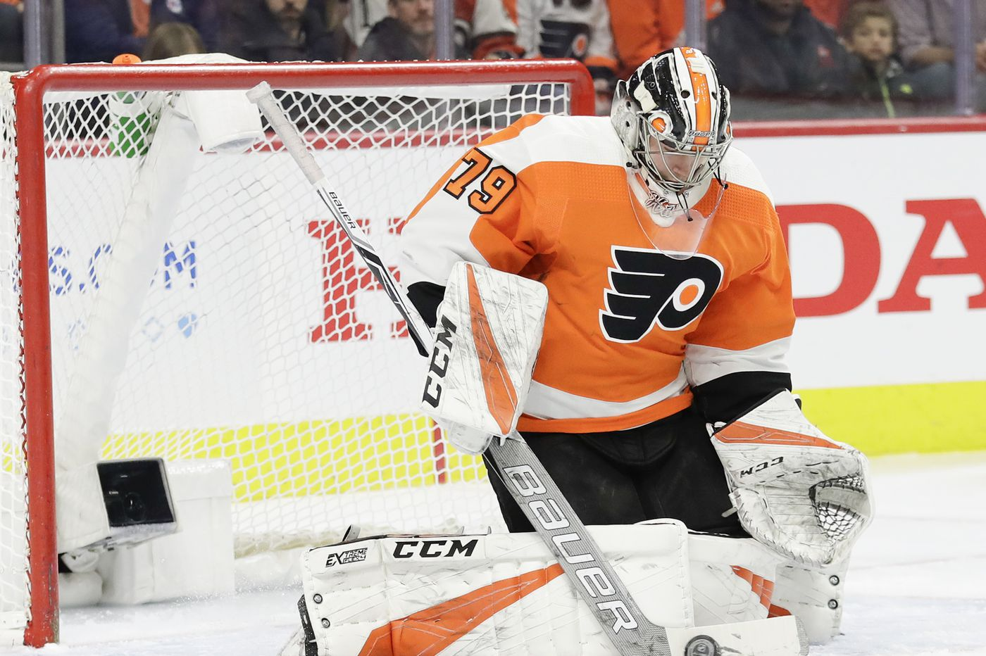 Flyers' Carter Hart named NHL rookie of the month ahead of first game against his hometown's Edmonton Oilers