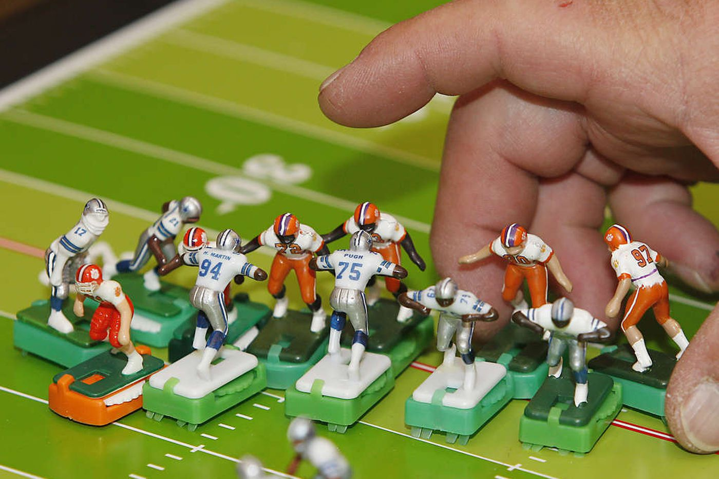 Giving 'Em Fitz: Electric football has a hold on its fans