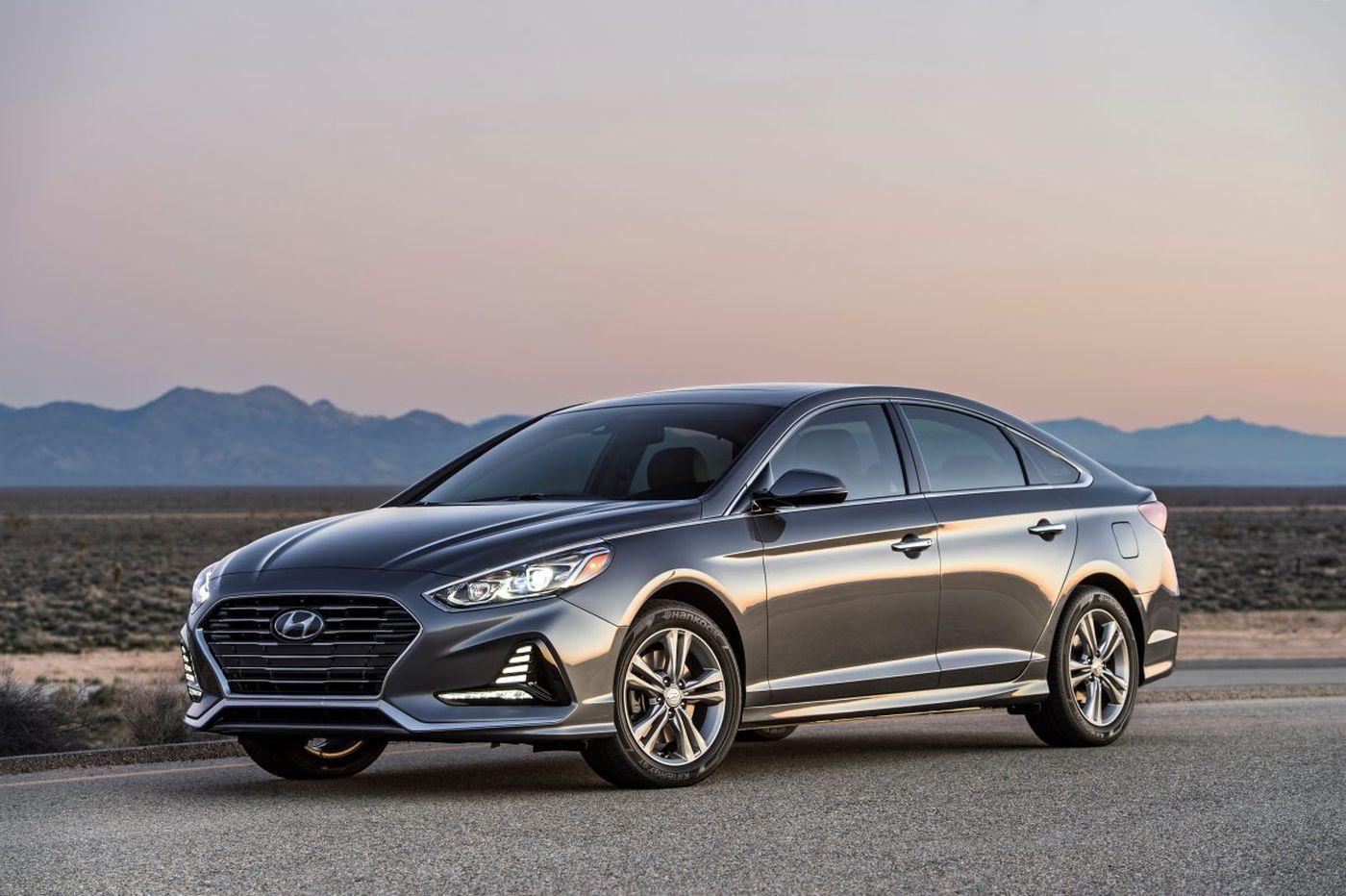 Hyundai Sonata continues solid performance with 2018 redesign