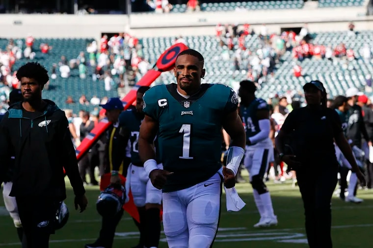 The Jalen Hurts-Nick Sirianni marriage off to an uneven start after listless Eagles' loss to the 49ers