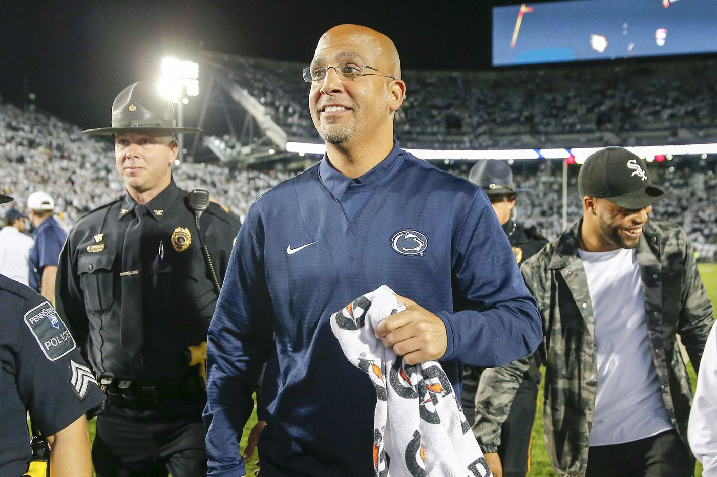 Oregon high school quarterback Michael Johnson Jr. commits to Penn State