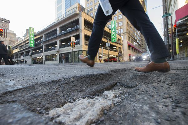 How potholes are formed and fixed in Philly
