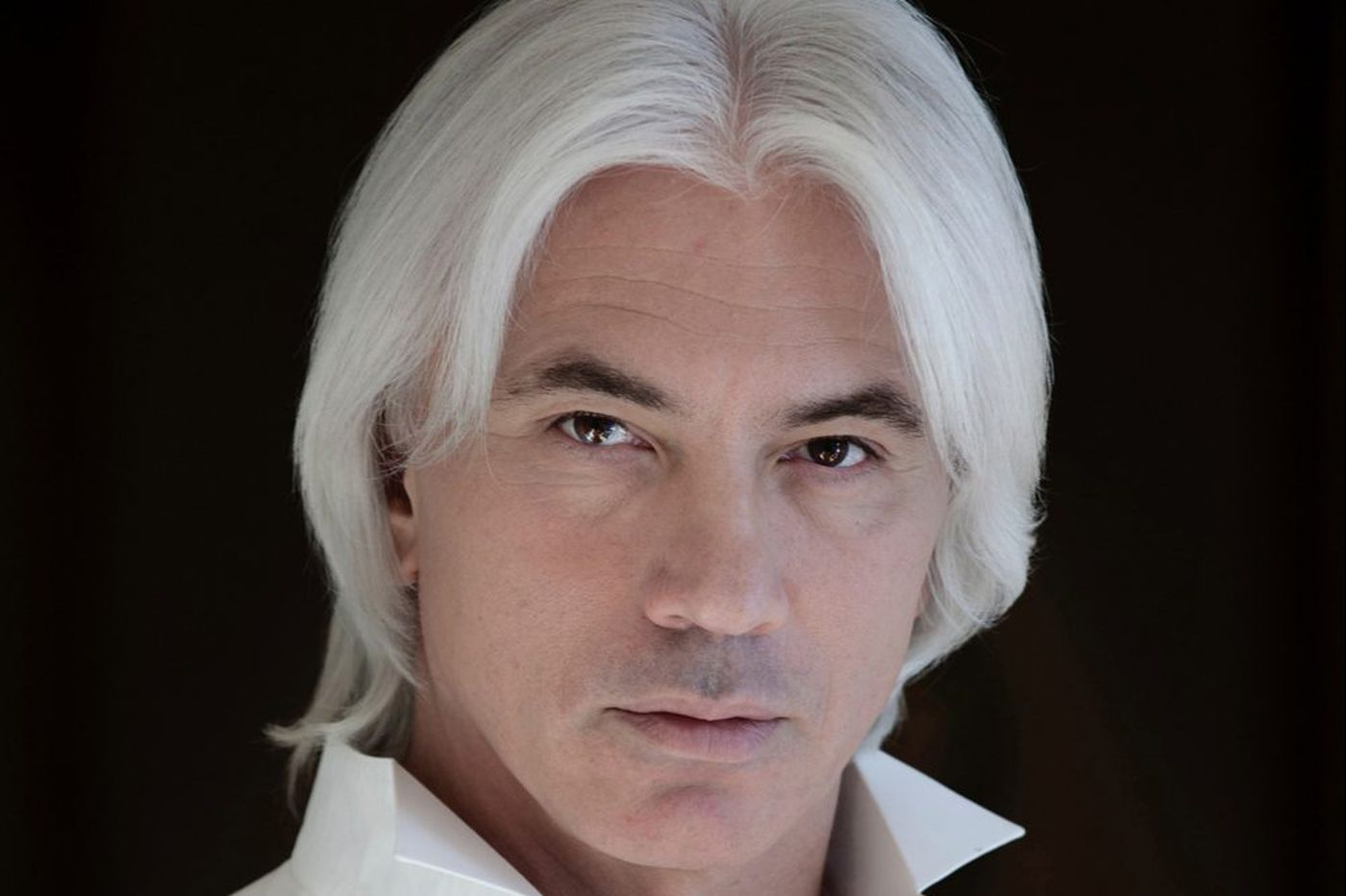 Dmitri Hvorostovsky: The world copes with the death of an operatic rock star