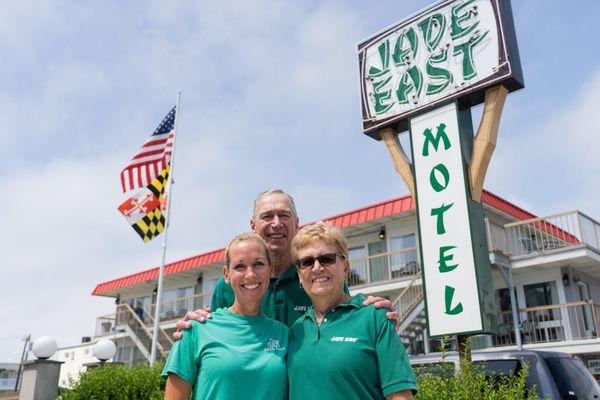 'Loaded with Lawrences': How a family keeps this North Wildwood motel going for 40 years and counting