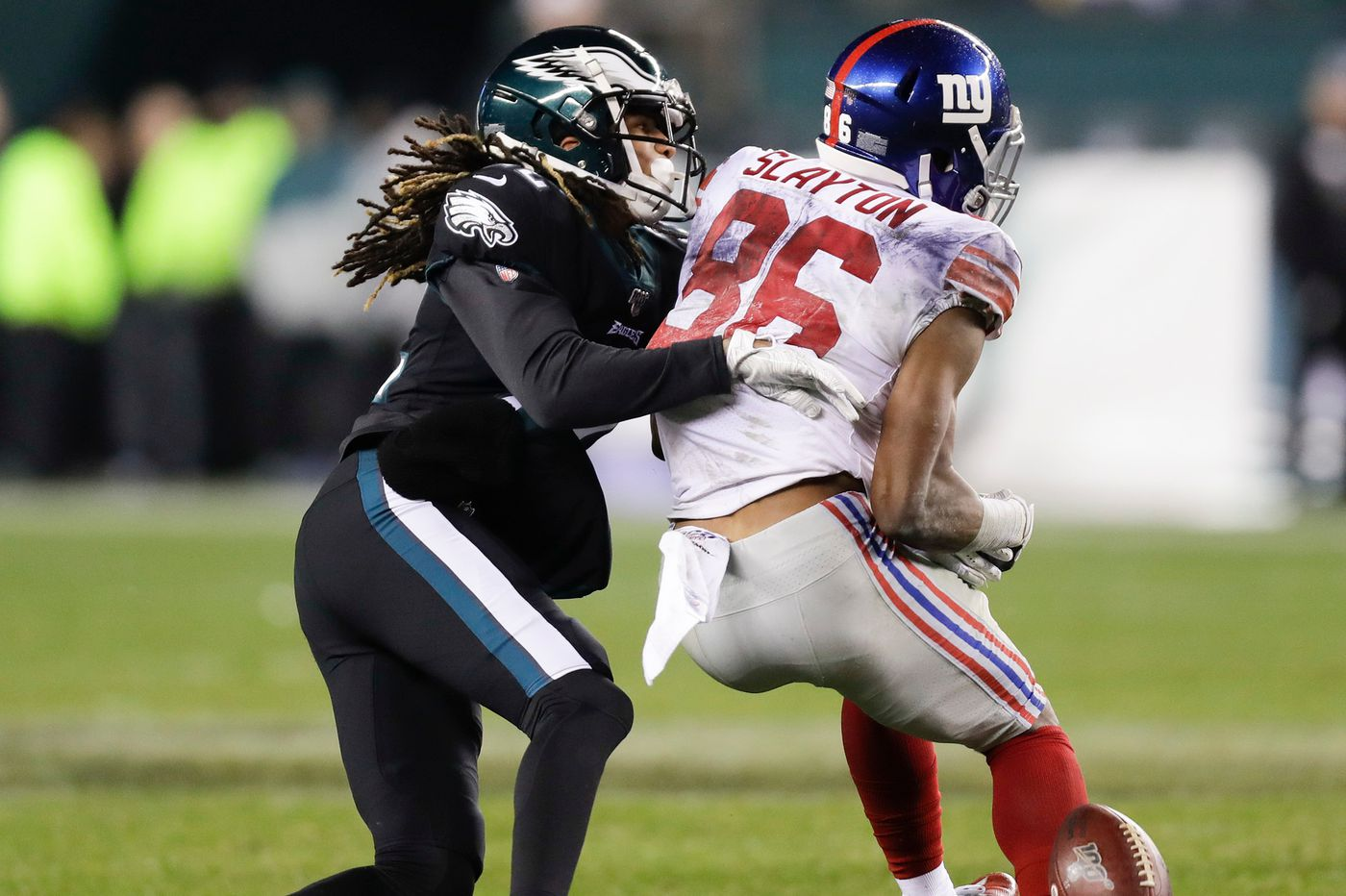 Sidney Jones helps Eagles' defense hold up just enough to stay alive in win over Giants