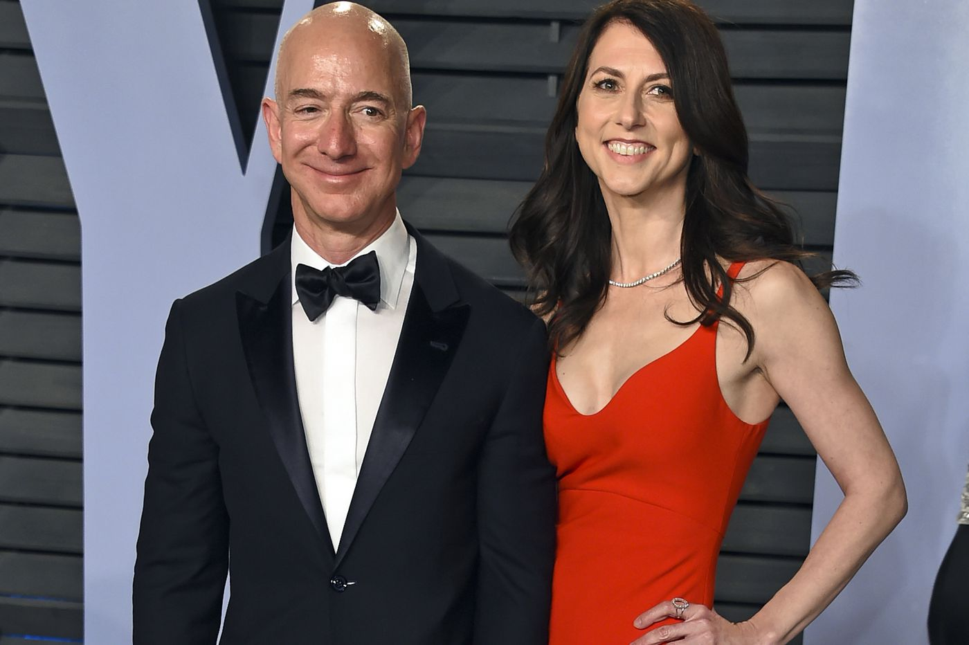 Amazon boss Jeff Bezos and wife MacKenzie announce divorce
