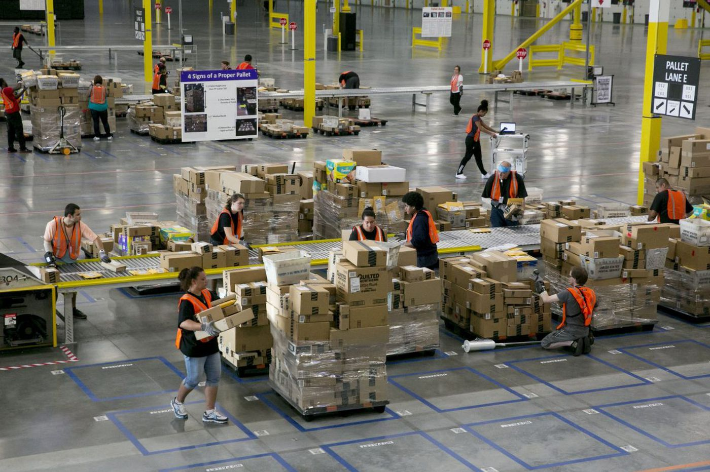 Incentives won't attract Amazon | Opinion