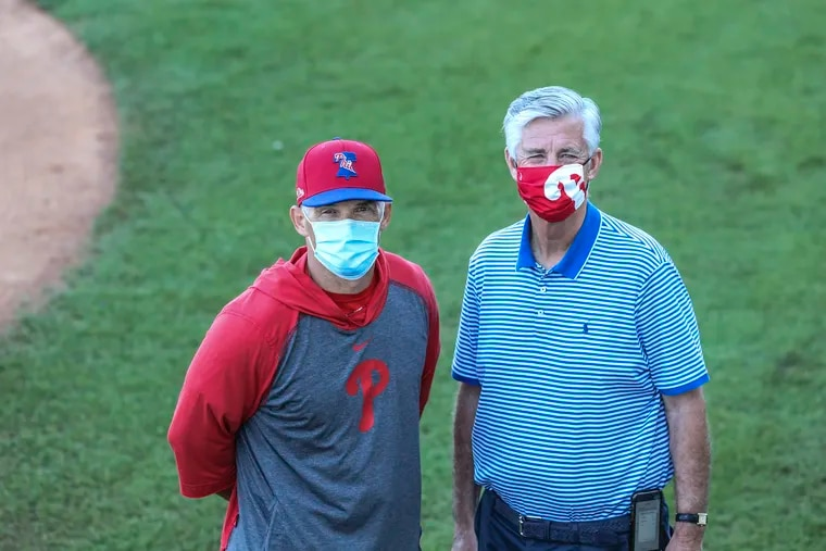 Manager Joe Girardi (left) and team president Dave Dombrowski will attempt to take the Phillies back to the postseason in 2021.