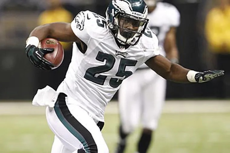 LeSean McCoy has been cleared by an independent neurologist and could play Sunday against the Redskins. (Ron Cortes/Staff file photo)