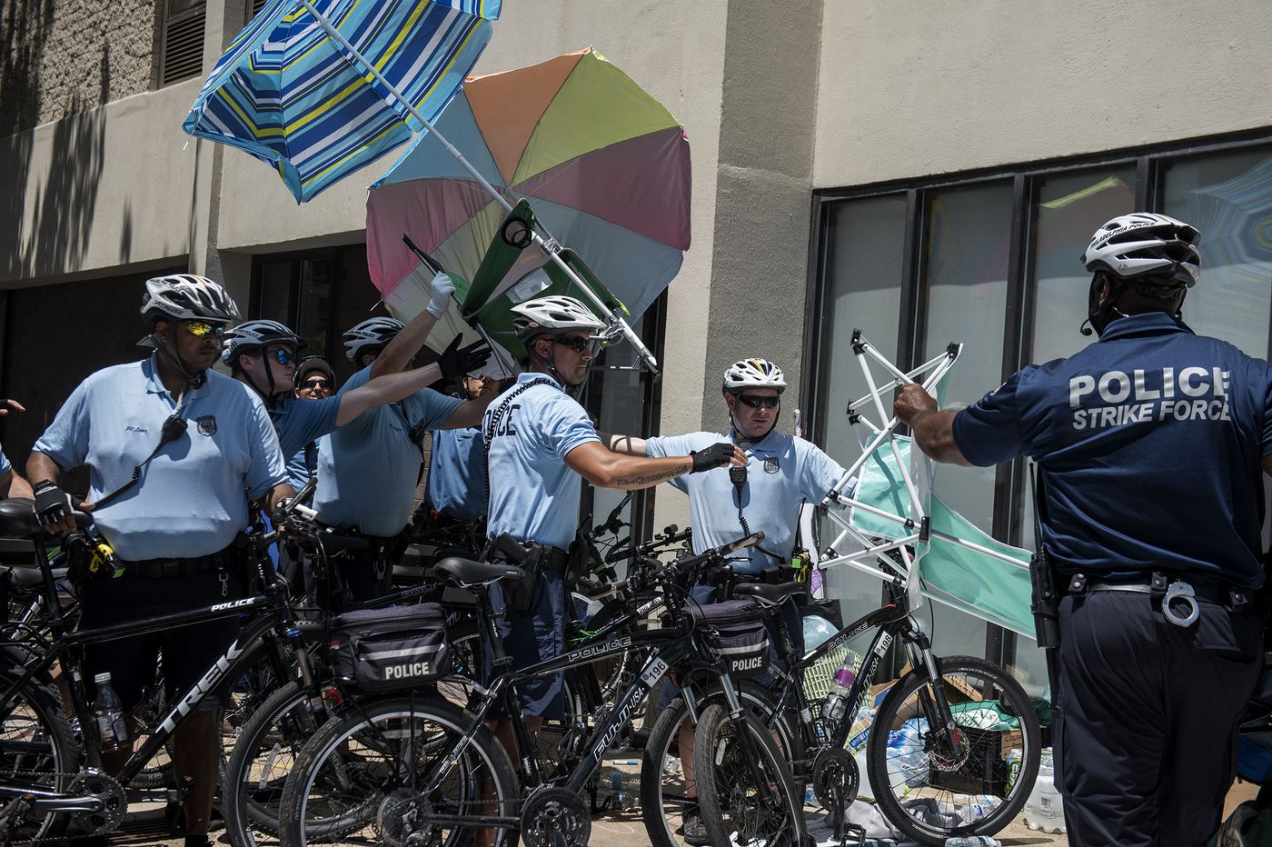 Watchdog group suggests some new tactics for Philly Police after 'Occupy ICE' protest