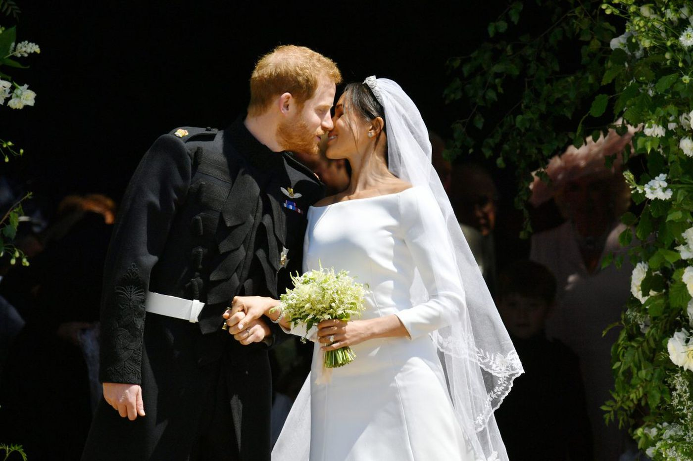 Elizabeth Smart Wedding.Royal Wedding Style Meghan Markle And Prince Harry S Nuptials Were