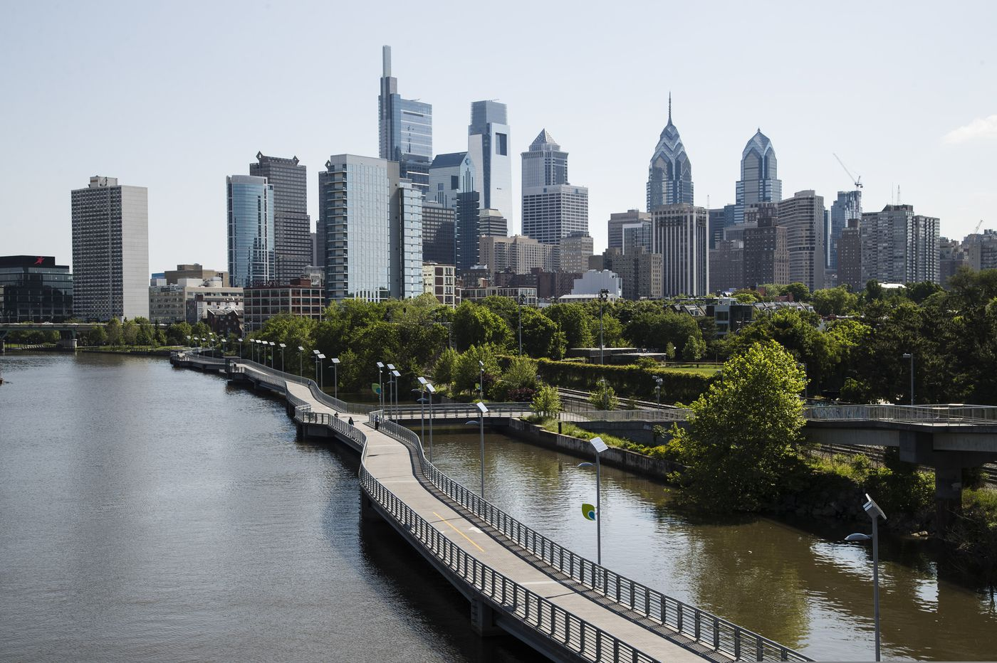Philadelphia law firm, Faegre Drinker, temporarily closes 22 offices as precaution