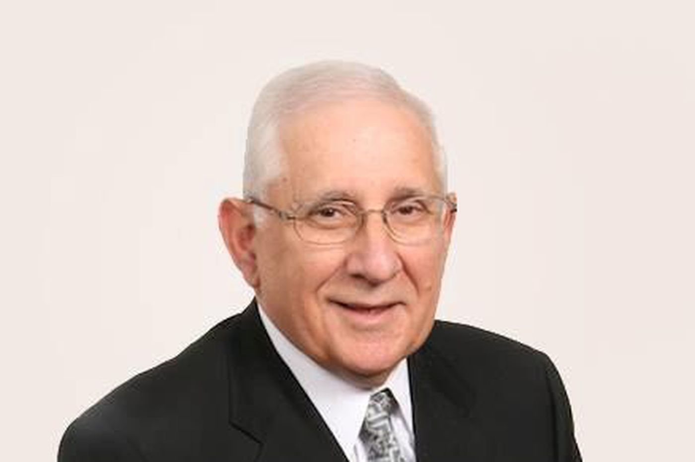 Bennett Goldstein, 86, former funeral-home president and civic leader