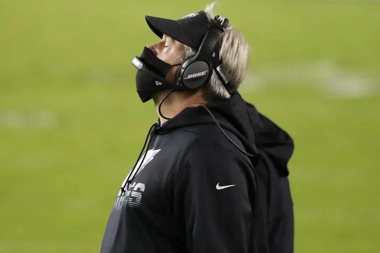 Eagles coach Doug Pederson laments a Seahawks interception during the fourth quarter.