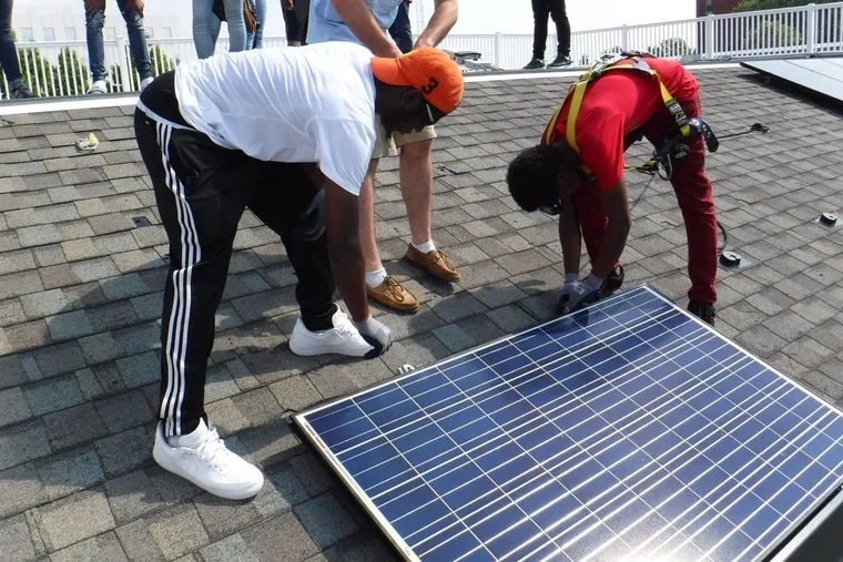 Students from the Philadelphia School District's first solar training program during the summer of 2017.