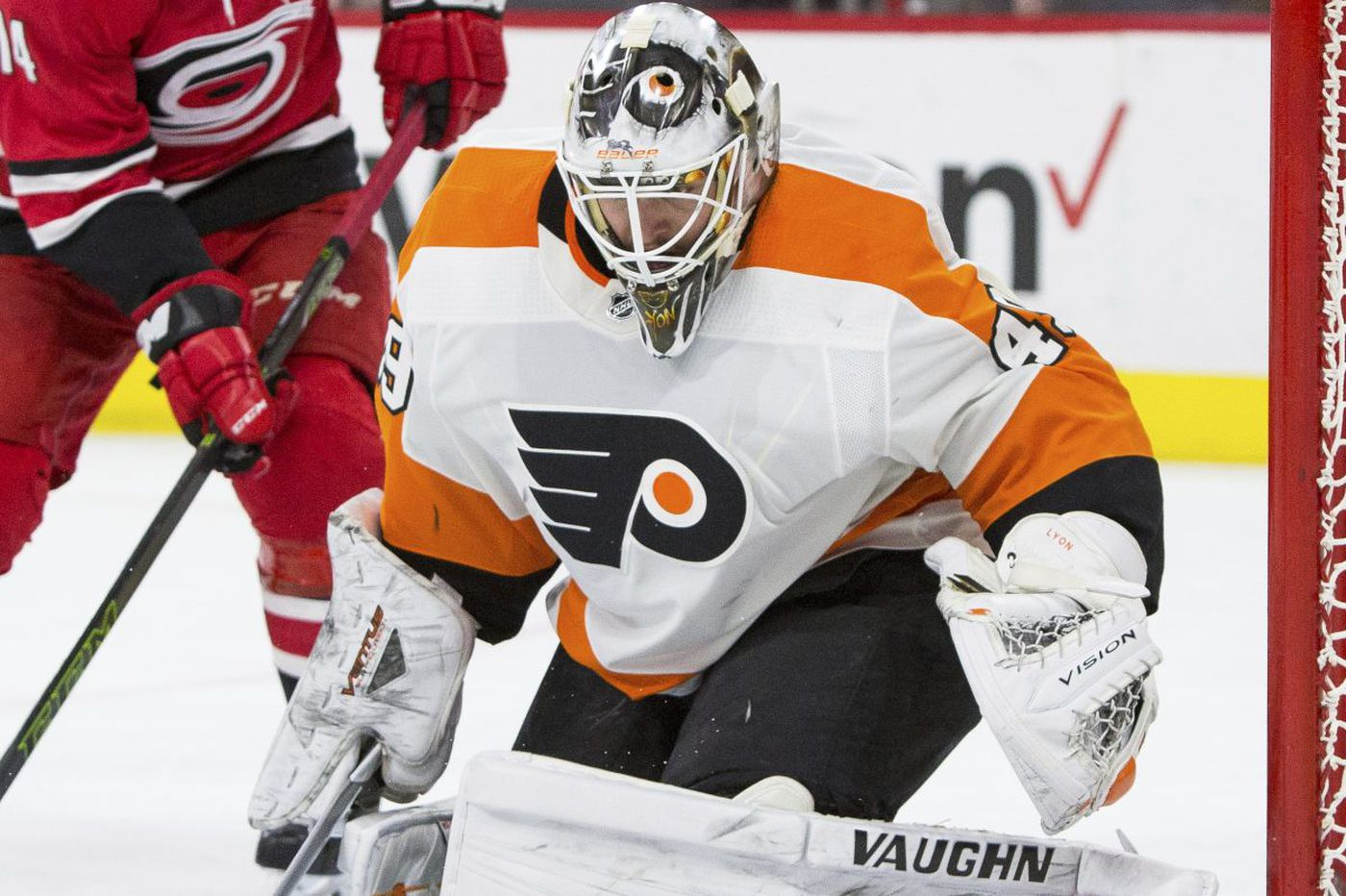 Furious rally lifts Flyers to much-needed win in Carolina