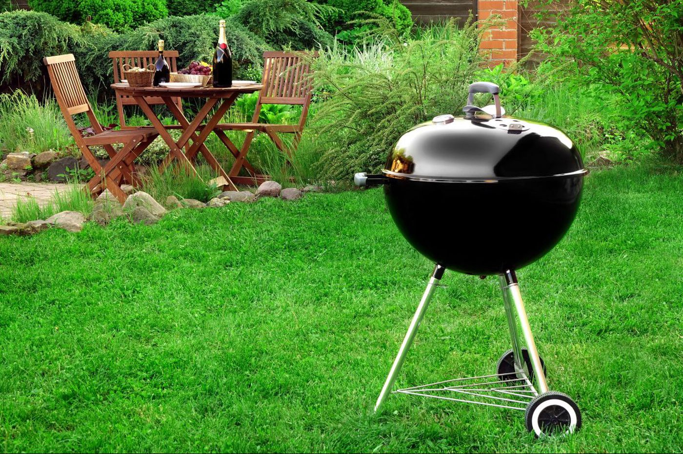 Ask Jennifer Adams: How can you disguise a grill in the front yard?