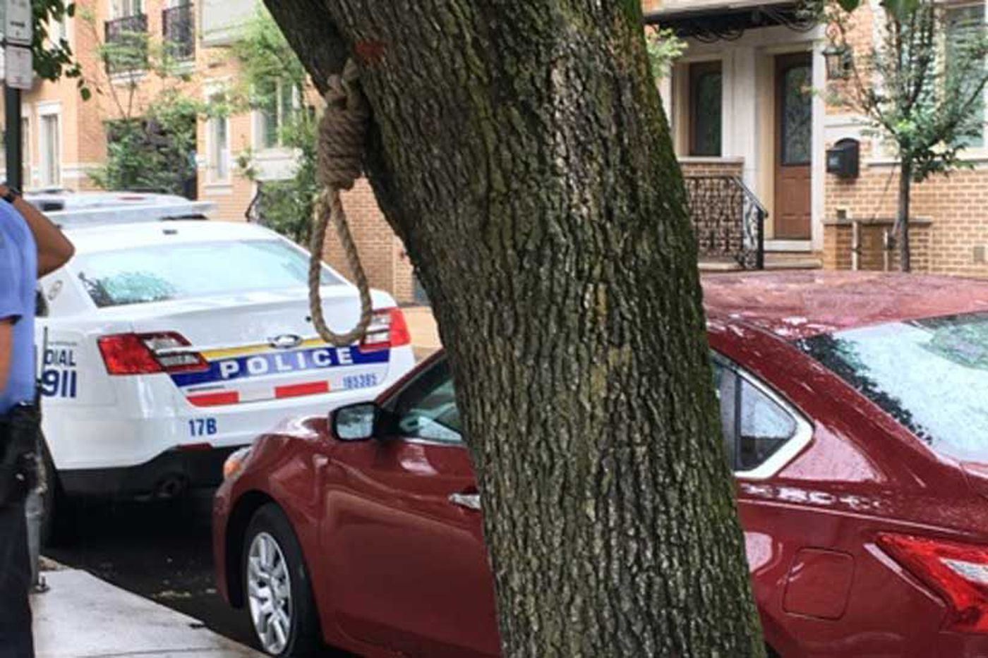 Noose in Center City tree called 'appalling,' 'abhorrent,' 'racial terrorism'