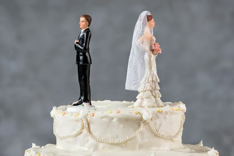 """More seniors are divorcing than ever before — but there's a better, cheaper way called """"collaborative divorce."""" (<br/> iStock)."""