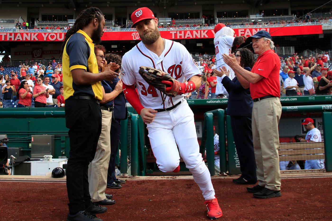 Bryce Harper Watch: Nationals 'Expect' Star Free Agent To Sign Elsewhere