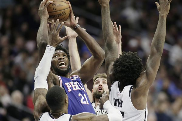 Spencer Dinwiddie, Nets outlast shorthanded Sixers