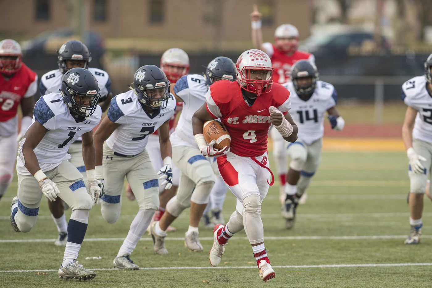 St. Joseph's Qwahsin Townsel signs with Villanova; will switch from running back to linebacker