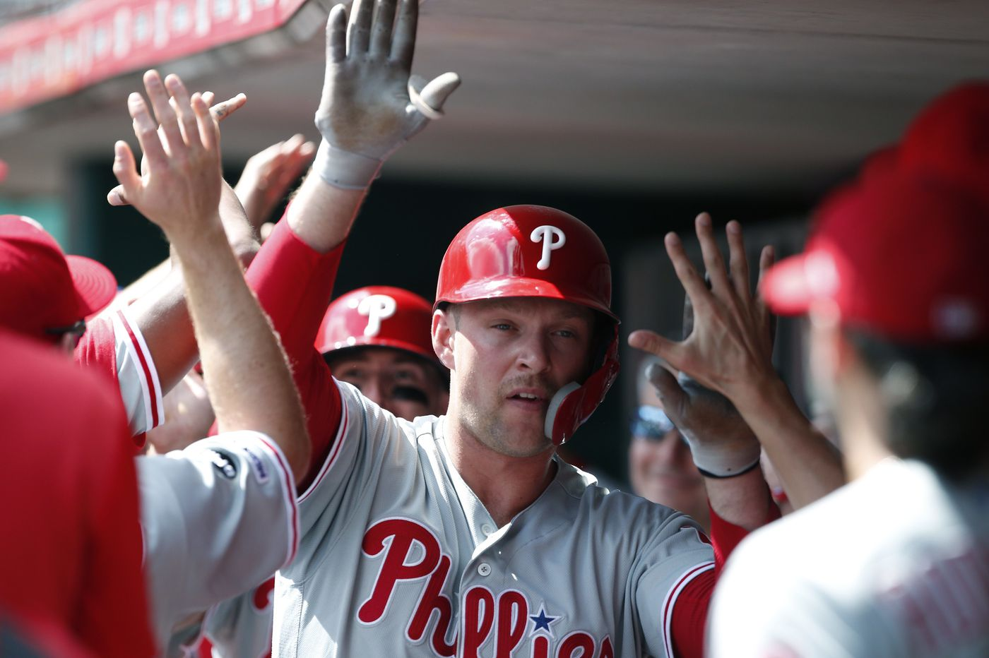 Phillies ride four homers, including two by Rhys Hoskins, to a Labor Day rout of Reds