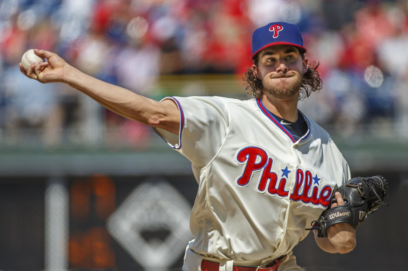 Phillies lose to Cubs on rare hiccup by Aaron Nola