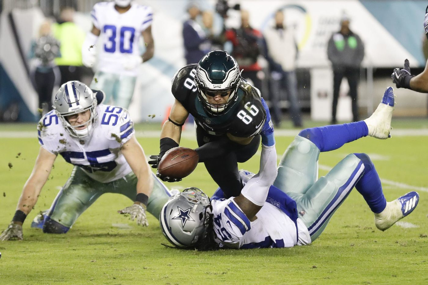 Cowboys 27, Eagles 20: Birds fall to 4-5 in an important NFC East game