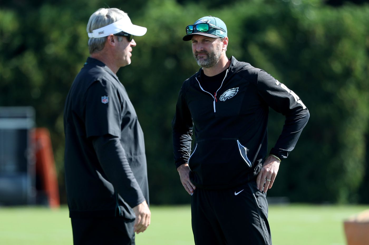 Eagles fire offensive assistants Mike Groh and Carson Walch