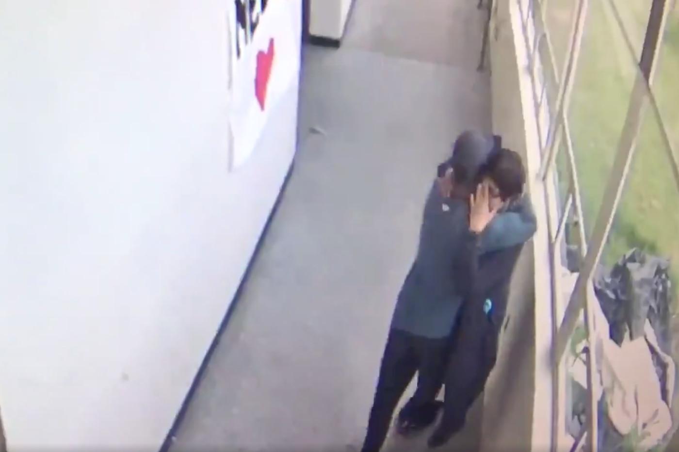 Video shows ex-Eagles assistant disarming, embracing Oregon student