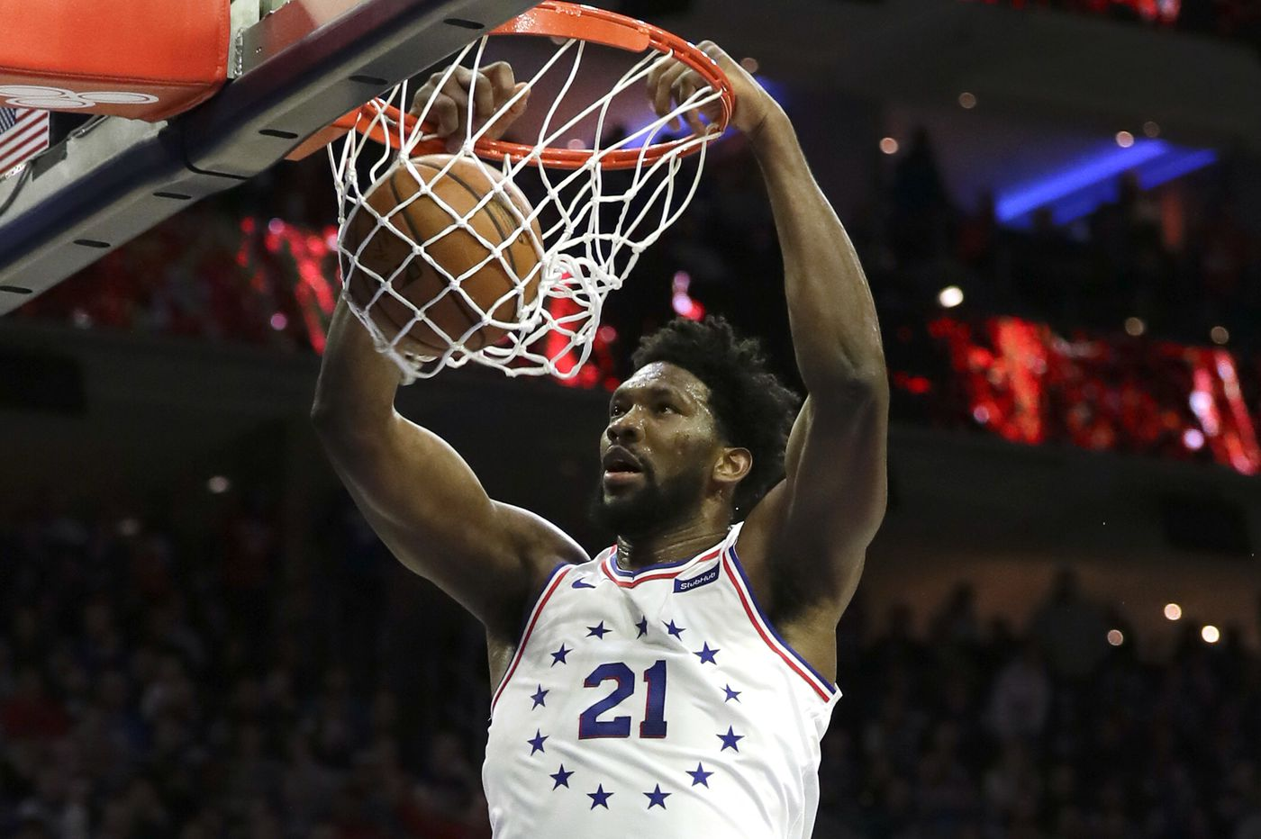 How popular is Joel Embiid on social media? Analysis shows the hottest sports stars on Twitter and Instagram