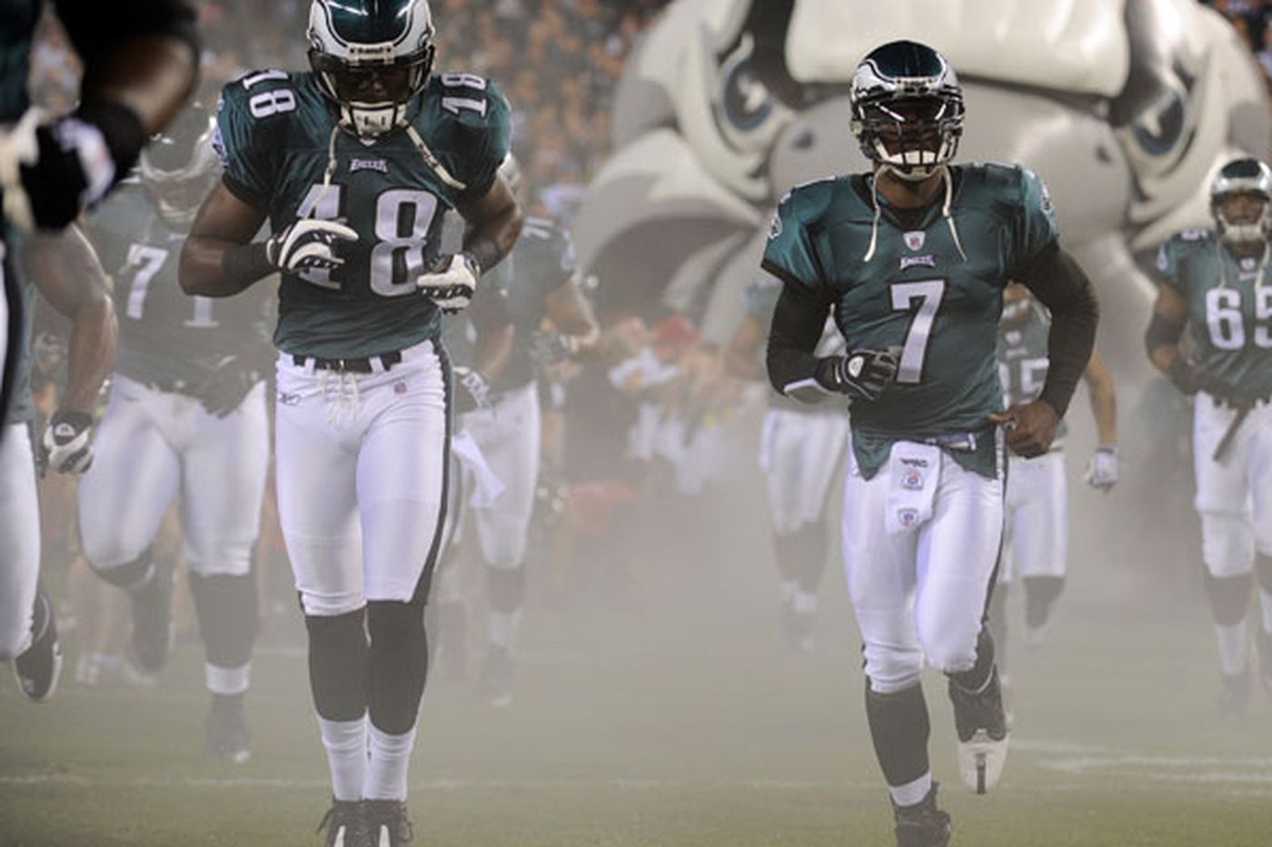 Eagles flying high without Vick and Maclin