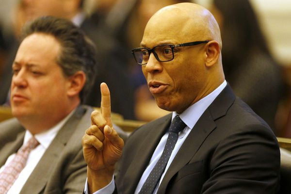 Banking on city cash, Philly school district introduces $3.2B budget