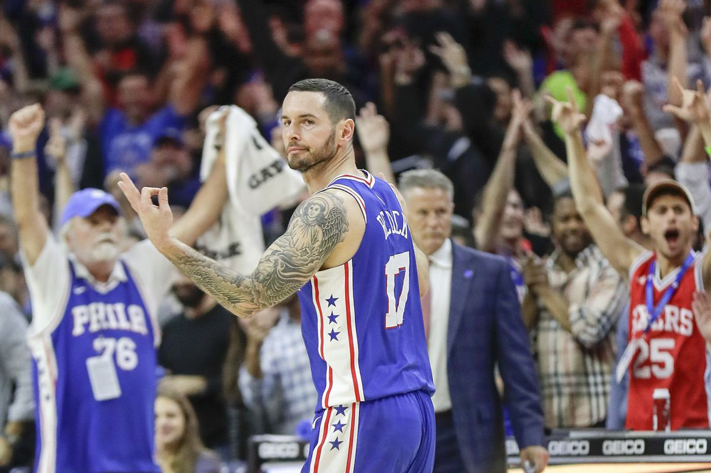 Ben Simmons, JJ Redick lead Sixers' fourth straight win