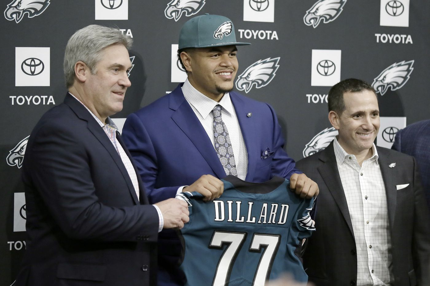 Doug Pederson says Eagles stay in touch with Jason Peters, but are confident in Andre Dillard at left tackle