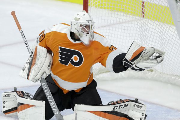 The Carter Hart era is about to begin for the goalie-starved Flyers