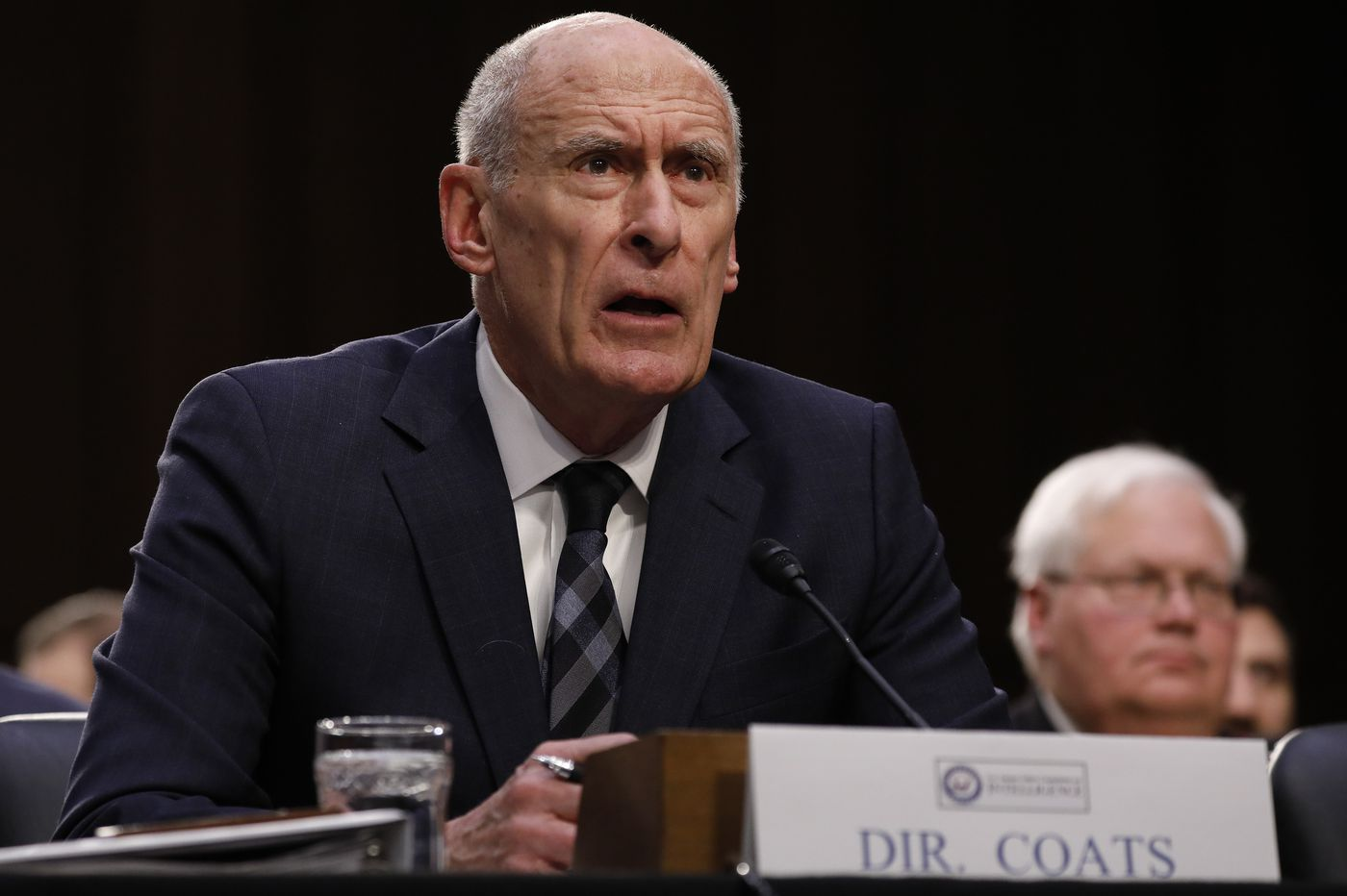 Testimony by intelligence chiefs on global threats highlights differences with president