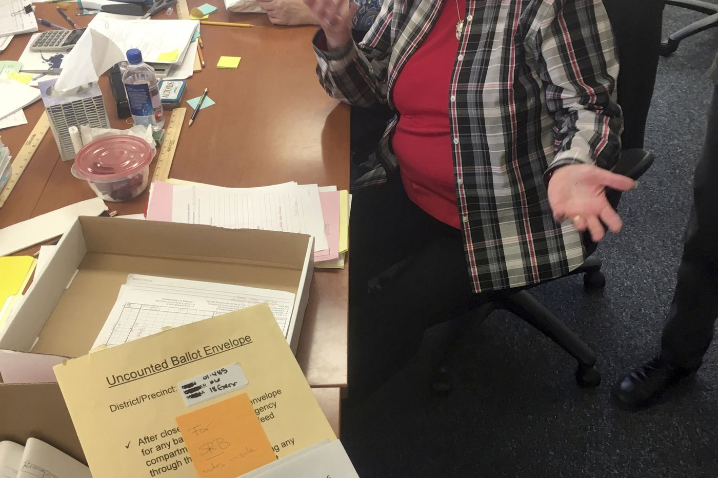 Mystery ballot could sway control of Alaska state government